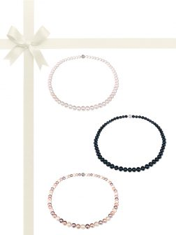 PACIFIC PEARLS BUA BAY COLLECTION Three-Piece Pearl Necklace Gift Set