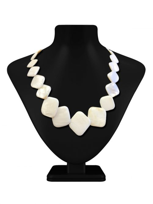 OYSTER BAY COLLECTION SQUARE VANILLA MOTHER-OF-PEARL NECKLACE