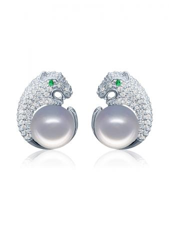 TARA ISLAND COLLECTION Wild Cougar Brilliant-Cut Diamond Encrusted Gray Pearl Earrings